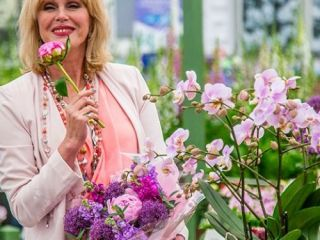 Joanna Lumley at RHS Chelsea Flower Show